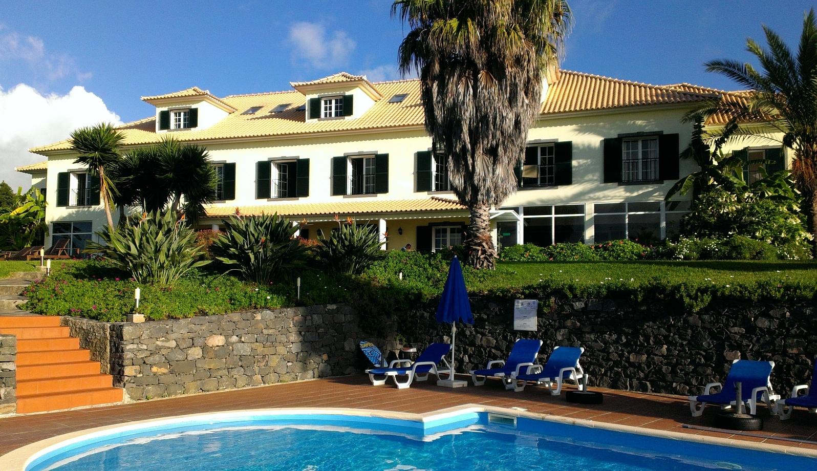 Hotel - Blick vom Pool