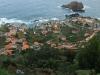 Blick auf Porto Moniz mit natürlichen Meeresschwimmbecken